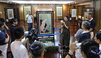 Traditional Suzhou embroidery resurrected famous paintings